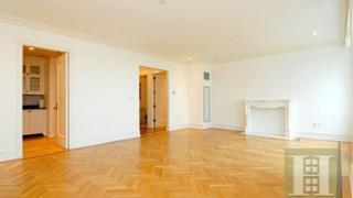 manhatten apartment