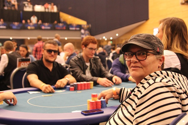 "Jackie ""Pokermama"" Cachia, Daniel Mountfort und Jonathan Currle"