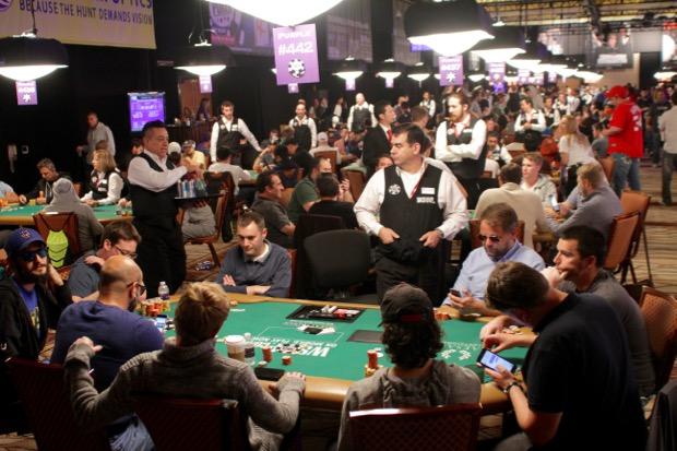 WSOP 2015 Bubble 4