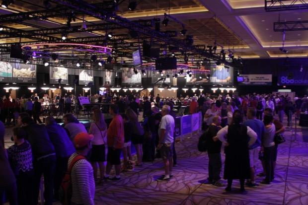 WSOP 2015 bubble 1