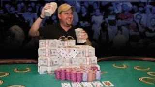 Chris Moneymaker löste bei einem Pokerturnier den Poker-Boom aus