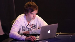 viktor blom online poker london