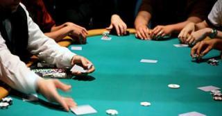 Sit and Go Poker mit Echtgeld
