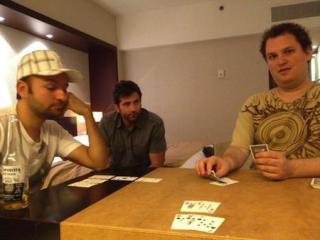 Daniel Negreanu und Scott Seiver spielen