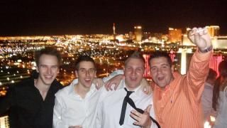 Huemmerich mit Freunden bei der WSOP in Las Vegas