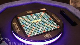 Scrabble Tisch elektronisch