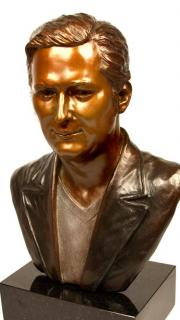phil hellmuth in bronze