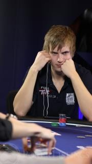 viktor blom london 2