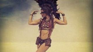 Liv Boeree beim Burning Man