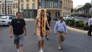 tony hellmuth hotdog