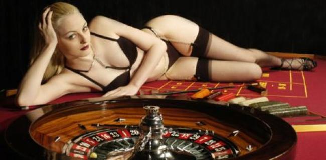 WSOP Main Event Splitter: Warum nackte Frauen zum Ausschluss aus dem ME führen können.